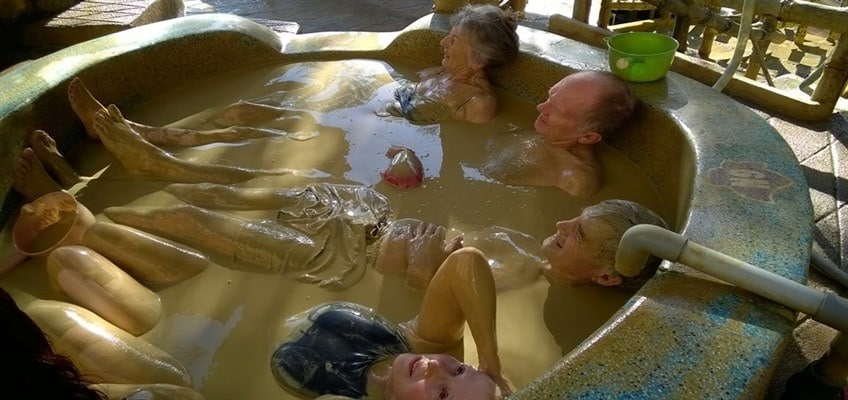 Relaxing Mud Bath & Hot Spring