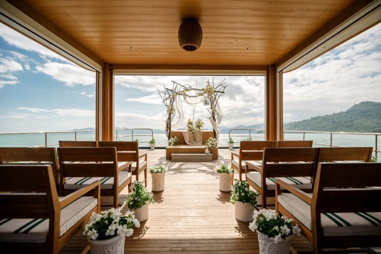 Wedding-on-a-Catamaran_3